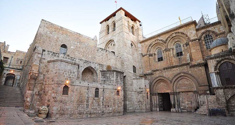The-Church-of-the-Holy-Sepulchre-Jerusalem